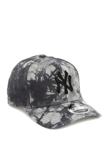 New Era New Era 9Fifty New York Yankees Batik Desenli Erkek Şapka 101583770 Siyah